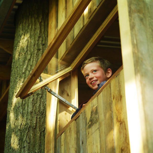 Hogerhuis - Boomhut-Modern -Tuinkantoor- Treehouse - Treeterrace-10